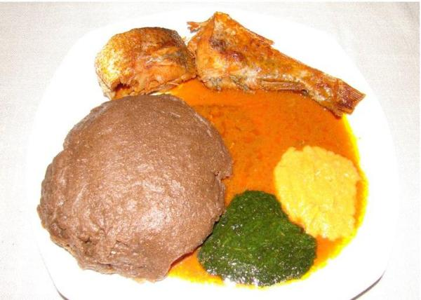 amala-and-ewedu-and-fish-stew