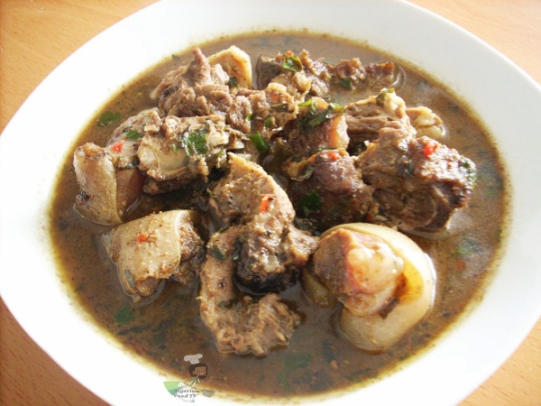nigerian-goat-meat-pepper-soup-1