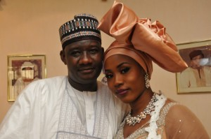 PIC.26.-IBB_S-DAUGHTER-HALIMA-MARRIES-IN-MINNA-600x399